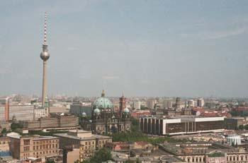 Bild von Berlin Blick über Ost-Berlin mit Fernsehturm