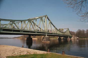 Bild von Potsdam Glienicker Brücke